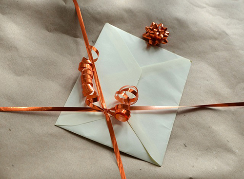 gift-493040_640